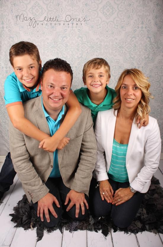 VirginiaDanny&kids_131 edited LOGO