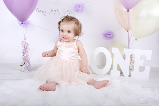 birthday ONE year old session_210 edited LOGO